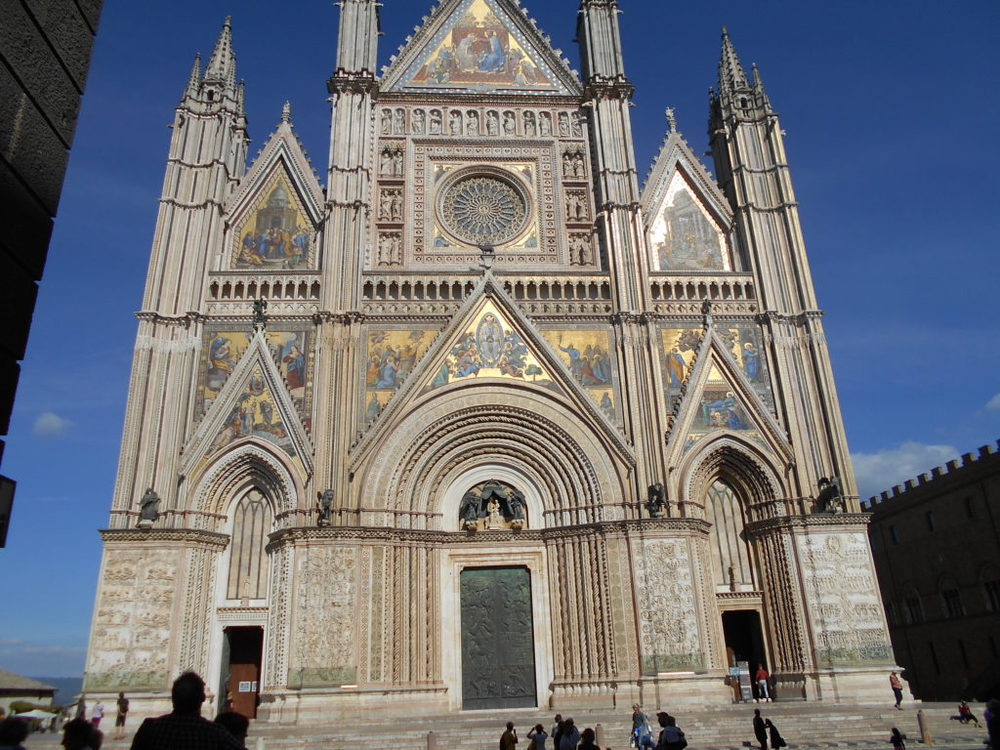 faccia della cattedrale di Orvieto