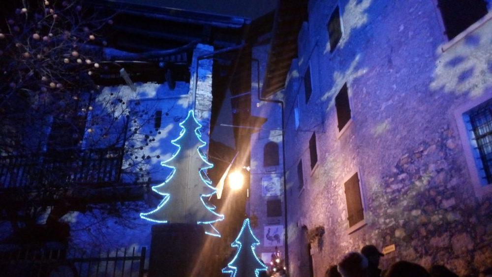 luci natalizie a canale di tenno