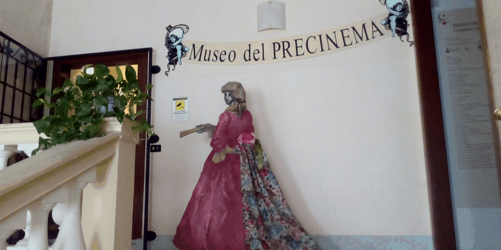 L'entrata del Museo del Precinema