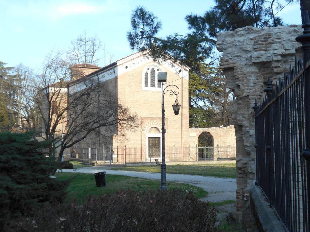 Cappella degli Scrovegni - esterno www.ilmiraggio.com