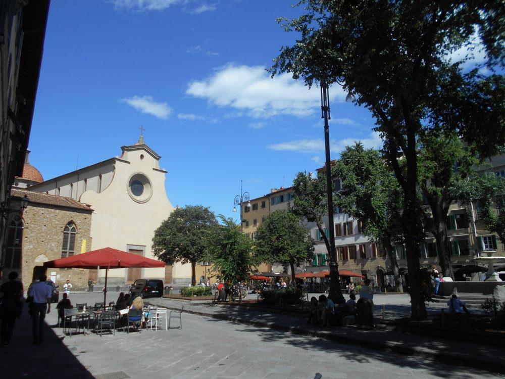 Piazza e chiesa di Santo Spirito Firenze