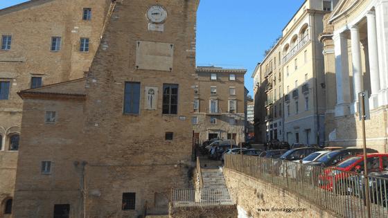 Uno scorcio su Palazzo degli Anziani