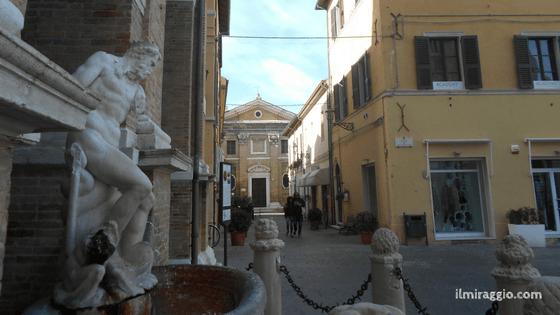 La Statua Monca