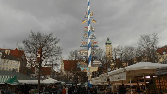 L'albero della cuccagna a Viktualienmarkt