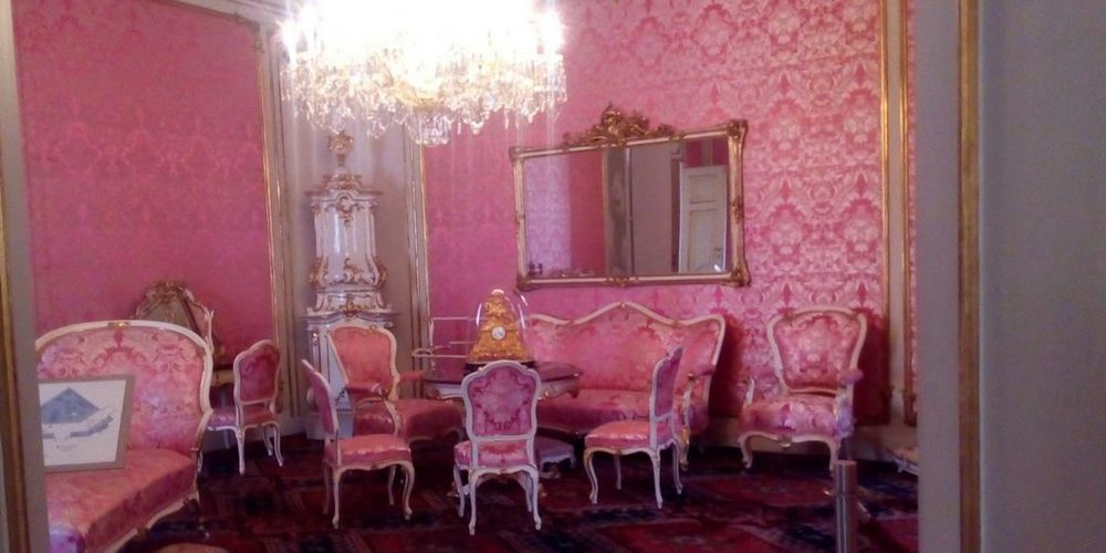 Una delle tantissime stanze di Hofburg