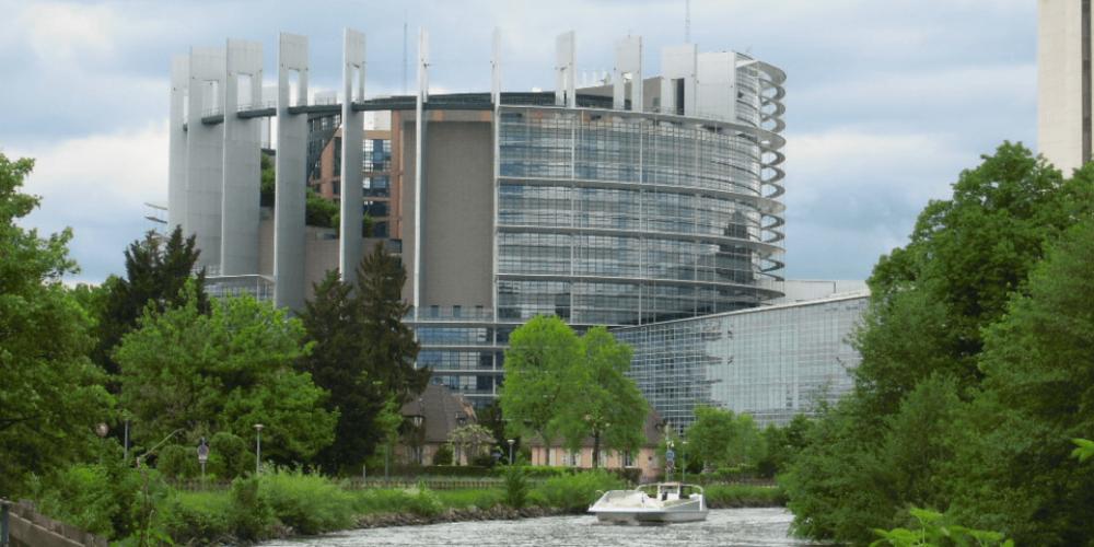 Il verde intorno al Parlamento Europeo